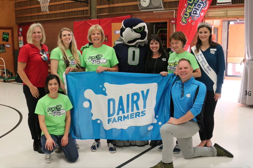 Blitz, Chelan Fresh, Washington Dairy Farmers and FUTP60 team
